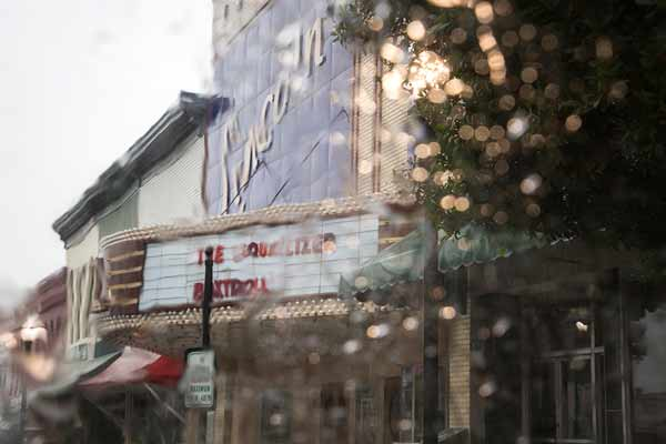 lincoln-theatre-in-the-rain_sh_sized-(2)
