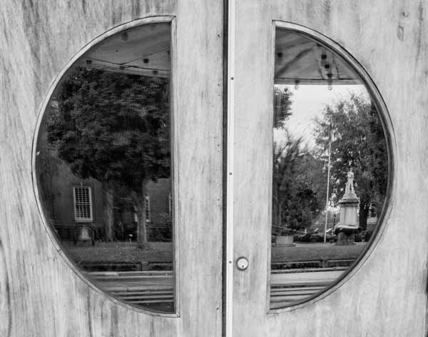 theatre-door-reflections-bl-wh